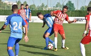 Fran Fernández duda si jugar con un 'falso 9' o un delantero centro ante el Cádiz