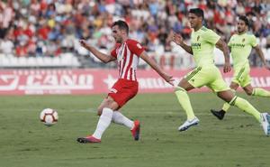 El Almería gana por creer en la victoria