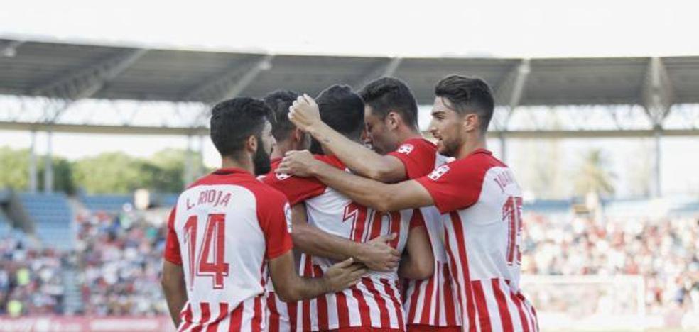 El Almería se lleva la victoria en el Estadio de los Juegos Mediterráneos