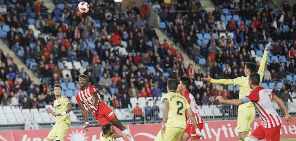 El Almería se pone la máscara de Goliat y tutea al Villarreal
