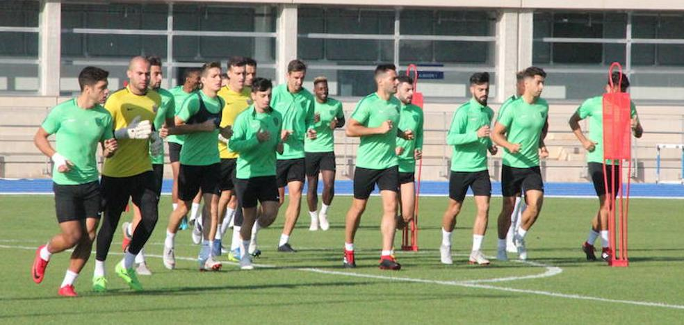 El Almería viaja a Madrid con los 18 'sanos' de la primera plantilla
