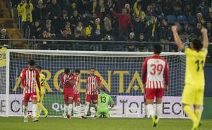 Un Almería de vergüenza entierra la Copa
