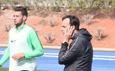Fran Fernández avisa de que no habrá muchos cambios en el once