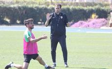 Fran Fernández: «El Granada tiene una responsabilidad y el Almería una ilusión»