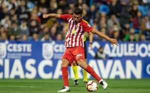 Competición le quita la amarilla a Juan Carlos y estará con el Almería