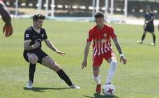 Javi Moreno será baja por tarjetas en la UD Almería B para recibir al Ibiza 'de' Soriano