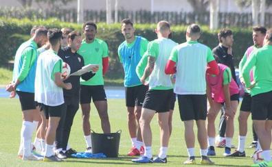 Narváez se queda fuera de la lista de la UD Almería para ir a Lugo