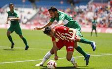 El hat trick de Álvaro Giménez al Elche marcó los titulares en la prensa