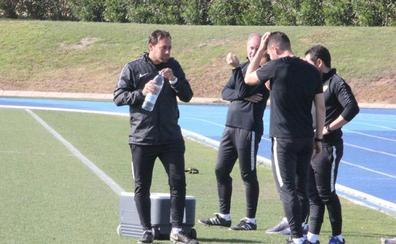 Fran Fernández quiere a un Almería «excelente» en Mallorca