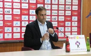Fran Fernández pide que la afición se fije en lo deportivo