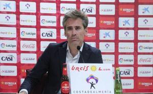 Miguel Ángel Corona pone al día el futuro de la UD Almería
