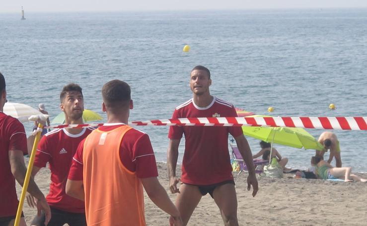 A la playa a entrenar