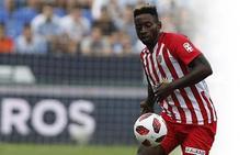 El Sevilla recompra a Eteki para venderlo