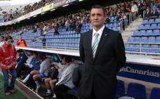 'Casuco': «Tras los ascensos, el Almería vivió dos descensos innecesarios»