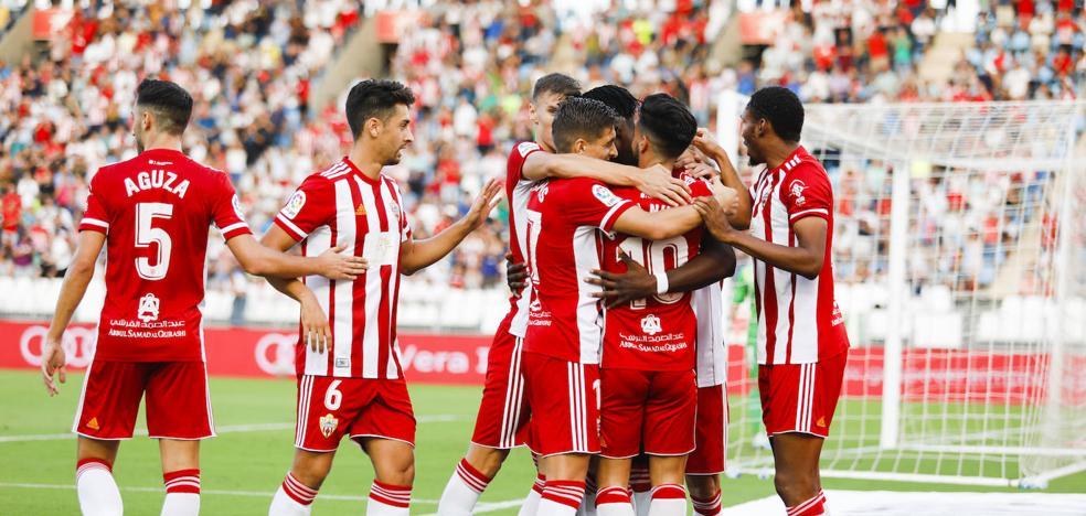 El Almería se presenta en la Liga SmartBank