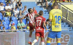 El Almería más inteligente gana en Las Palmas