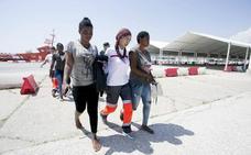 67 inmigrantes han llegado hoy en patera a Motril