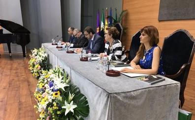 Luis Parras, 'alma mater' de la Universidad
