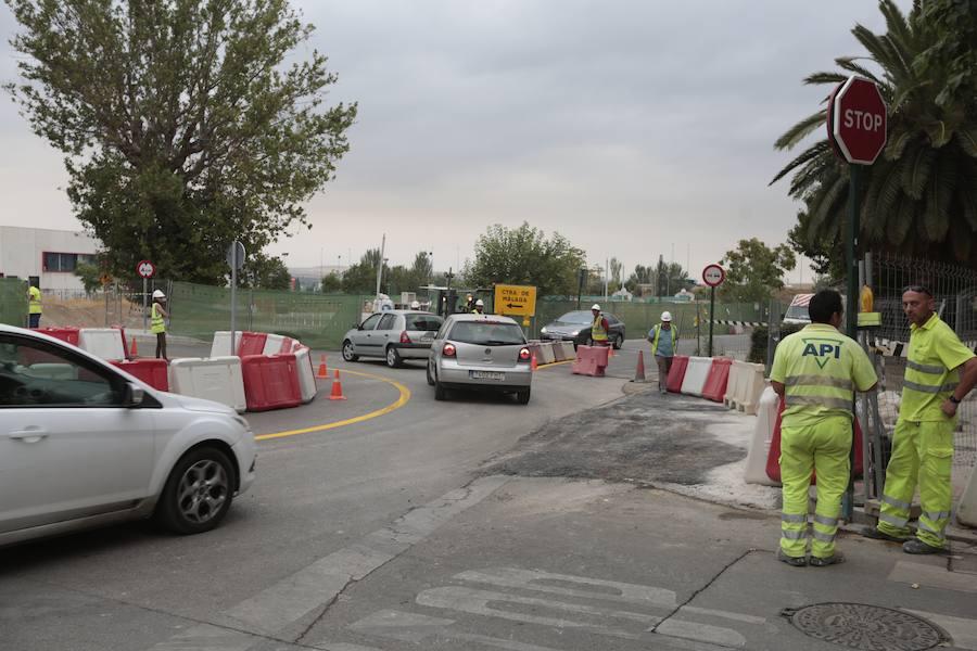 Desviado el tráfico por las obras del AVE en carretera de Málaga