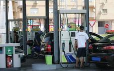 Las vacaciones arrancan en la provincia con la gasolina en su precio más bajo del año