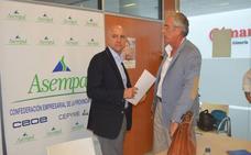 Los empresarios exigen a Junta y Gobierno que no politicen el agua, «vital para Almería»