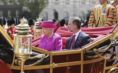 Rito y esplendor en el inicio de la visita de Estado de los Reyes