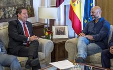 García-Page ofrece a Podemos entrar en el Gobierno en Castilla-La Mancha