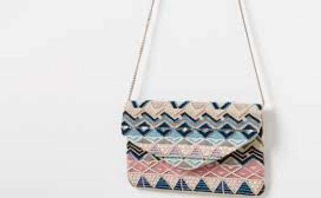 Los 3 bolsos más irresistibles de este verano  f00a42e42734