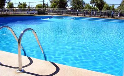 Fallece una mujer tras sufrir una parada cardiorrespiratoria en una piscina municipal