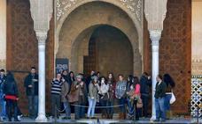 La provincia de Granada bate su récord de turistas en los primeros seis meses del año