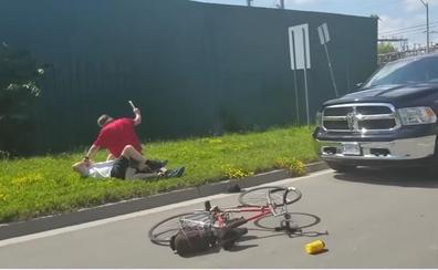 Un conductor da una brutal paliza a un ciclista por tomar la misma curva
