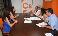 """Cs pide a la Junta que aumente el número de matronas porque la provincia tiene la """"peor ratio de España"""""""