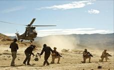Los actores de la película 'Zona Hostil' dedican la cinta a los militares en Irak