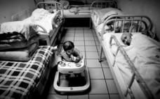 Detienen en China a una mujer tras intentar enviar a su bebé por correo a un orfanato