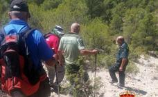 La Guardia Civil rescata a dos senderistas en Sierra Larga de Vélez Blanco