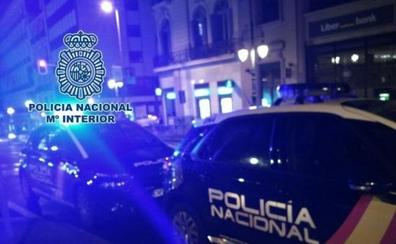 Un chico mata a otro de una puñalada en el cuello durante una pelea en un bar de Fuenlabrada