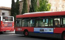 Herido un bebé al subir su madre el carrito en un autobús urbano