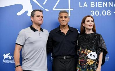 Clooney muestra en Venecia el lado oscuro de la década de los 50