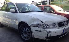 Hallan en Granada un vehículo y un camión dados a la fuga en dos accidentes, uno con dos heridos