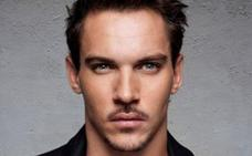 Rhys-Meyers no pudo despegar
