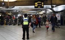 La Policía interroga a los dos sospechosos del ataque en el metro de Londres