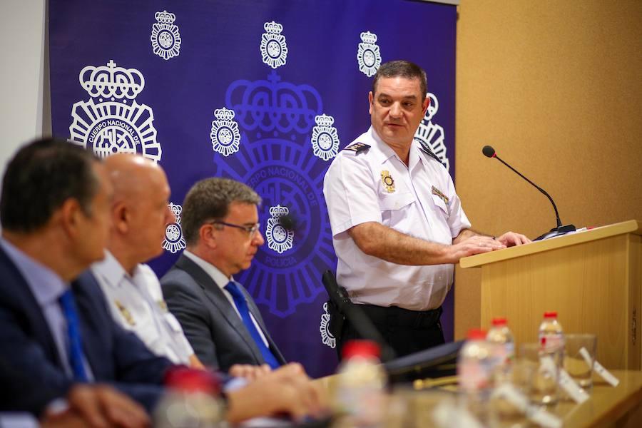 Toma de posesión del nuevo Comisario Jefe Provincial en Andalucía Oriental
