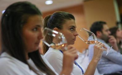 En el túnel del vino de Granada Gourmet