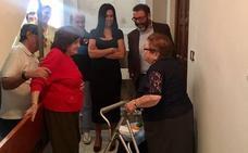 La Junta rehabilita seis viviendas en Valdepeñas de Jaén para mejorar su accesibilidad con un ascensor