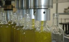 Asaja calcula que las exportaciones de aceite de oliva español rondarán el millón de toneladas este año