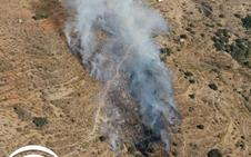 Controlado el incendio forestal de Válor, donde permanecen nueve bomberos en tareas de vigilancia