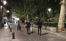 El puente reactiva los 'microbotellones' en el centro de Granada