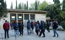 Falta transparencia en las puertas de la Alhambra