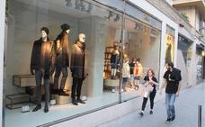 Negocios del textil lanzan ya descuentos del 50% ante la caída de ventas por culpa del 'veroño'