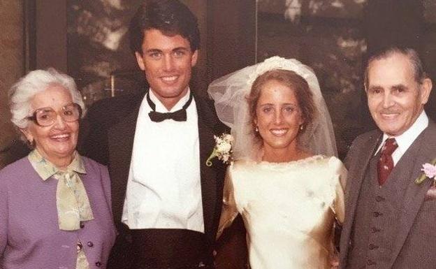 Así es el vestido de novia perfecto que han llevado 4 mujeres de la misma familia